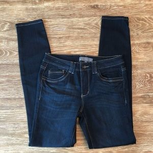 NWOT wit and wisdom denim with contrast stitching